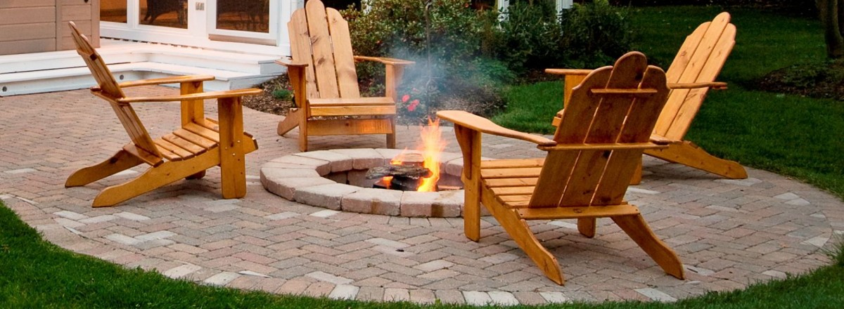 garden-exterior-furniture-backyard-landscaping-plans-simple-rustic-exterior-classic-fire-pit-mixed-with-rustic-relax-chairs-faced-bay-window-near-garden-landscaping-ideas-for-backyard-appealing-tradi